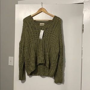 UO Sweater/ M